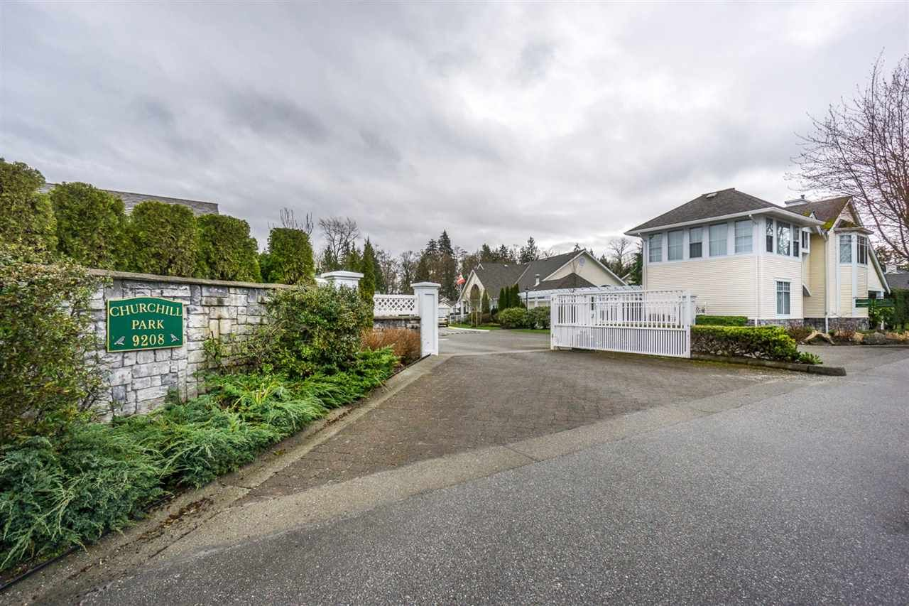 """Main Photo: 124 9208 208 Street in Langley: Walnut Grove Townhouse for sale in """"CHURCHILL PARK"""" : MLS®# R2150916"""