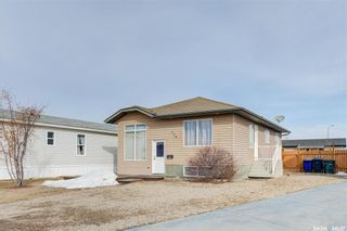Photo 2: 724 Harder Court in Martensville: Residential for sale : MLS®# SK846742
