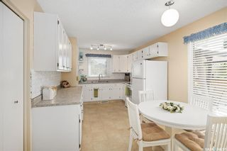 Photo 6: 403 Wathaman Crescent in Saskatoon: Lawson Heights Residential for sale : MLS®# SK861114