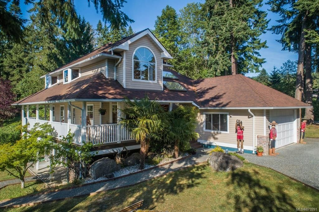 Main Photo: 1949 Maple Bay Rd in Duncan: Residential for sale : MLS®# 873291