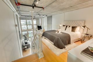 """Photo 18: 413 1529 W 6TH Avenue in Vancouver: False Creek Condo for sale in """"WSIX - South Granville Lofts"""" (Vancouver West)  : MLS®# R2435033"""