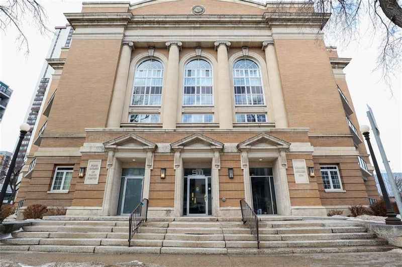 FEATURED LISTING: 111 - 511 River Avenue Winnipeg