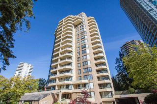 """Photo 2: 705 5790 PATTERSON Avenue in Burnaby: Metrotown Condo for sale in """"THE REGENT"""" (Burnaby South)  : MLS®# R2330523"""