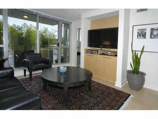 "Main Photo: 429 - 2008 Pine Street in Vancouver: False Creek Condo for sale in ""Mantra"" (Vancouver West)  : MLS®# V852165"