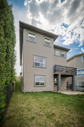 Photo 8: 74 Rockyspring Circle NW in Calgary: Rocky Ridge Detached for sale : MLS®# A1131271