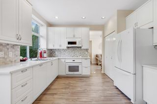 Photo 8: 705 OMINECA Avenue in Port Coquitlam: Riverwood House for sale : MLS®# R2620810