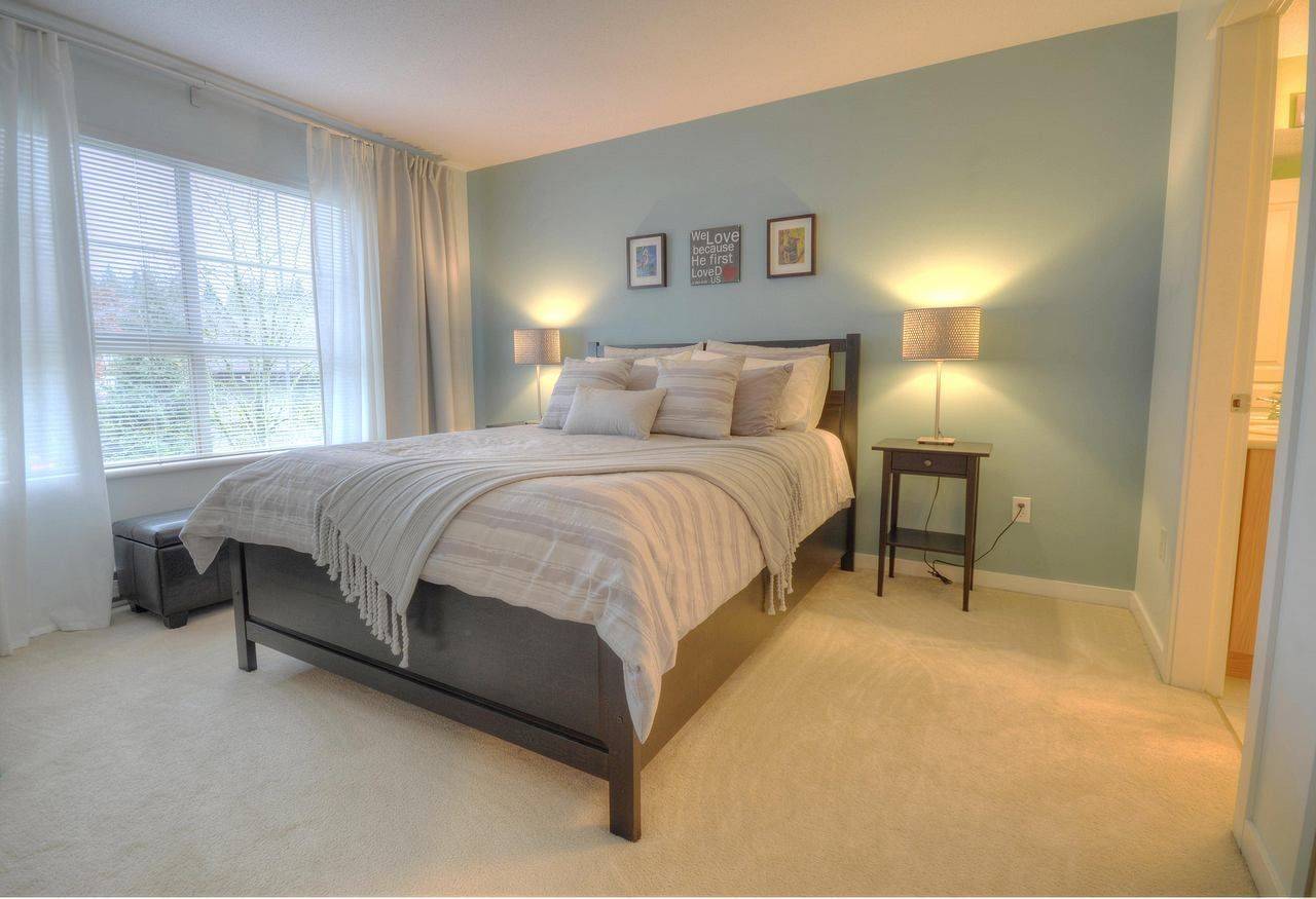 """Photo 8: Photos: 309 2968 SILVER SPRINGS Boulevard in Coquitlam: Westwood Plateau Condo for sale in """"TAMARISK"""" : MLS®# R2237139"""