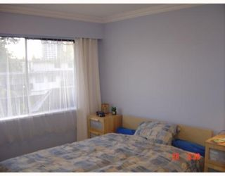 """Photo 6: 312 7180 LINDEN Avenue in Burnaby: Middlegate BS Condo for sale in """"LINDEN HOUSE"""" (Burnaby South)  : MLS®# V649380"""