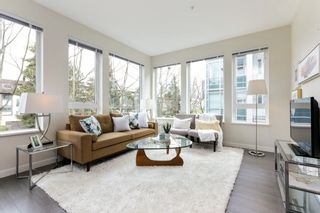 """Photo 2: 313 277 W 1 Street in North Vancouver: Lower Lonsdale Condo for sale in """"West Quay"""" : MLS®# R2252206"""