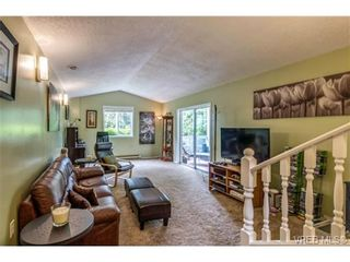 Photo 6: 427 Creed Pl in VICTORIA: VR Prior Lake House for sale (View Royal)  : MLS®# 703152