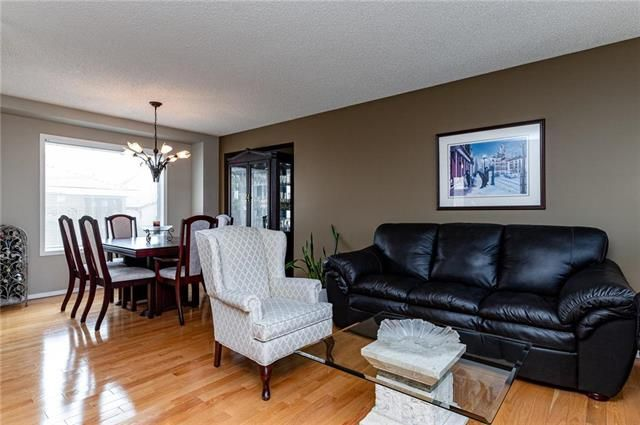 Photo 2: Photos: 49 Gobert Crescent in Winnipeg: River Park South Residential for sale (2F)  : MLS®# 1913790