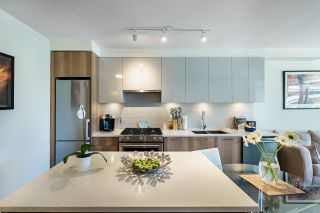 """Photo 4: 503 258 NELSON'S Court in New Westminster: Sapperton Condo for sale in """"THE COLUMBIA"""" : MLS®# R2611944"""