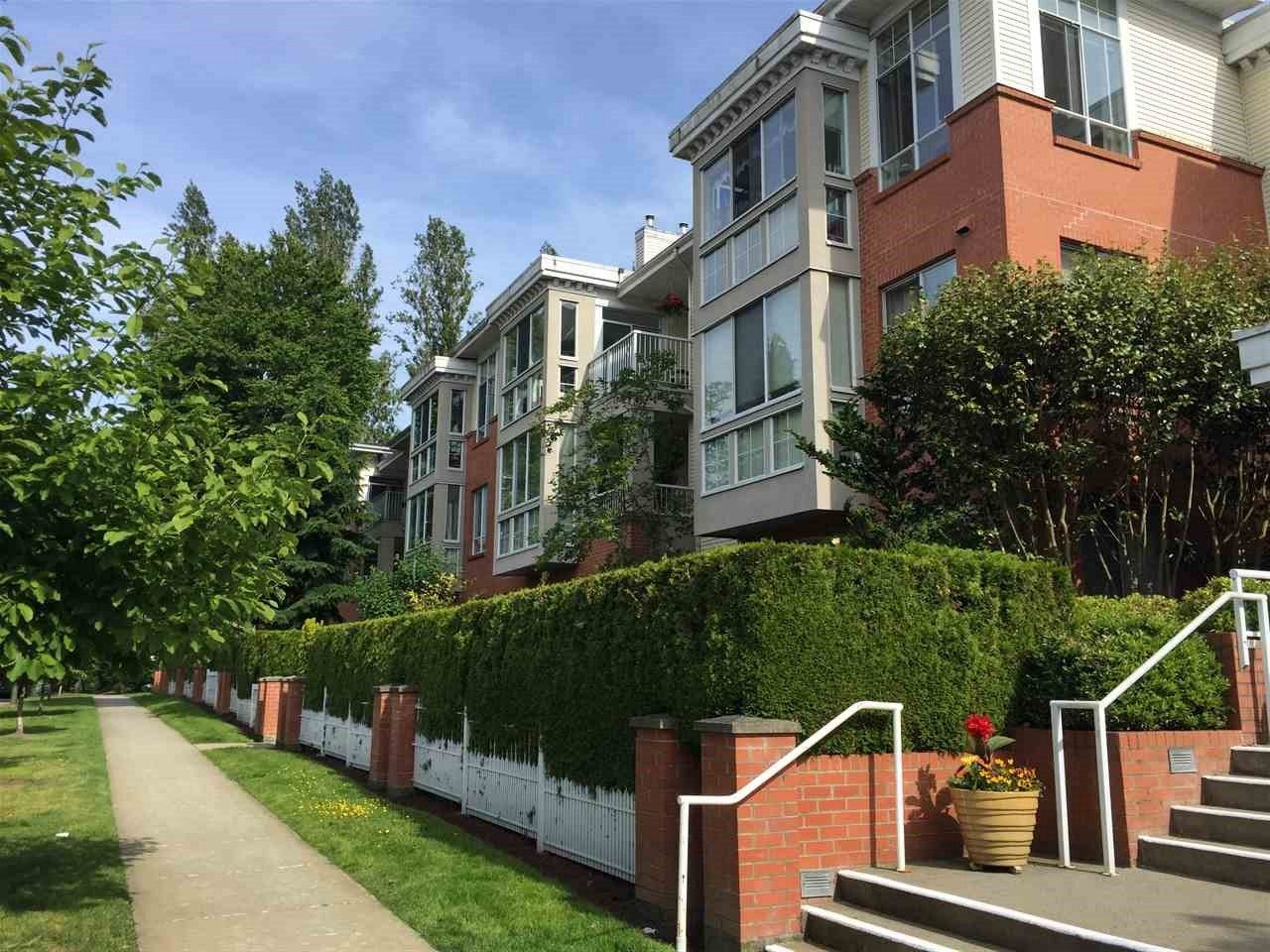 Main Photo: 403 360 E 36TH AVENUE in Vancouver: Main Condo for sale (Vancouver East)  : MLS®# R2177901