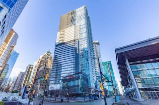 "Photo 2: 2907 1011 W CORDOVA Street in Vancouver: Coal Harbour Condo for sale in ""FAIRMONT PACIFIC RIM"" (Vancouver West)  : MLS®# R2524898"
