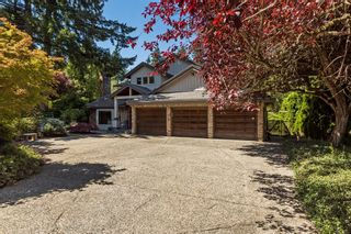 """Photo 2: 2683 NORTHCREST Drive in Surrey: Sunnyside Park Surrey House for sale in """"Woodshire Park"""" (South Surrey White Rock)  : MLS®# R2185453"""