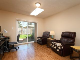Photo 7: 10 3969 Cedar Hill Cross Rd in : SE Maplewood Row/Townhouse for sale (Saanich East)  : MLS®# 878111