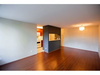 Photo 5: # 106 3520 CROWLEY DR in Vancouver: Collingwood VE Condo for sale (Vancouver East)  : MLS®# V1111535