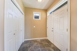 Photo 4: 415 52 Avenue SW in Calgary: Windsor Park Semi Detached for sale : MLS®# A1112515