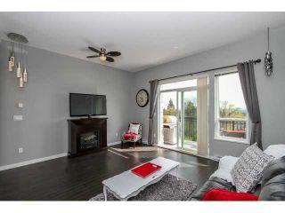 "Photo 6: 54 1295 SOBALL Street in Coquitlam: Burke Mountain Townhouse for sale in ""TYNERIDGE"" : MLS®# V1115342"