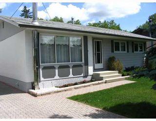 Photo 1: 147 STRADFORD Street in WINNIPEG: Westwood / Crestview Residential for sale (West Winnipeg)  : MLS®# 2913110