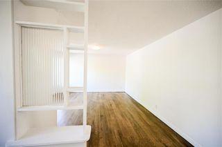 Photo 3: 753 Townsend Avenue in Winnipeg: Fort Richmond Residential for sale (1K)  : MLS®# 202112890