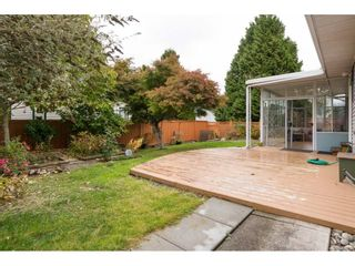 Photo 2: 15455 19 Avenue in Surrey: King George Corridor House for sale (South Surrey White Rock)  : MLS®# R2212130