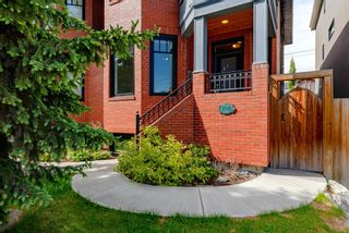 Photo 2: 1708 31 Avenue SW in Calgary: South Calgary Semi Detached for sale : MLS®# A1118216