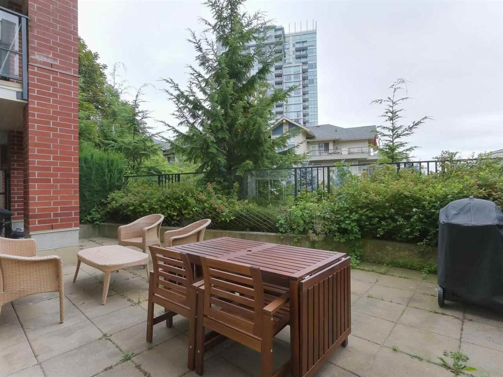 Main Photo: 107 285 Ross Drive in New Westminster: Fraserview NW Condo for sale : MLS®# R2395560
