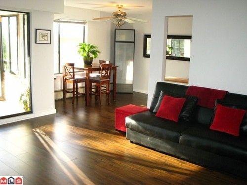 Main Photo: 203 1390 MERKLIN Street in South Surrey White Rock: White Rock Home for sale ()  : MLS®# F1227910