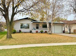 Photo 3: 141 Fifth Street S in Beausejour: House for sale : MLS®# 202124316