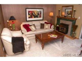 Photo 3:  in VICTORIA: Vi Jubilee Half Duplex for sale (Victoria)  : MLS®# 457901
