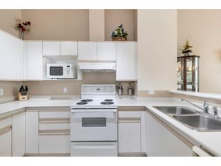 """Photo 13: 5 3590 RAINIER Place in Vancouver: Champlain Heights Townhouse for sale in """"Sierra"""" (Vancouver East)  : MLS®# R2574689"""