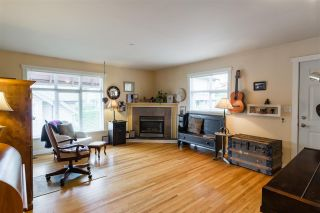 """Photo 4: 201 4272 ALBERT Street in Burnaby: Vancouver Heights Condo for sale in """"Cranberry Commons"""" (Burnaby North)  : MLS®# R2472051"""
