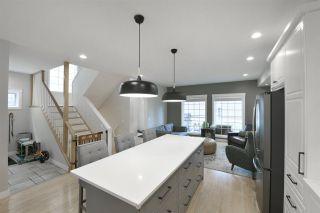 Photo 2: 9616 100A Street in Edmonton: Zone 12 House for sale : MLS®# E4225933