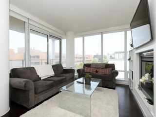 Photo 2: N902 707 Courtney St in : Vi Downtown Condo for sale (Victoria)  : MLS®# 866480