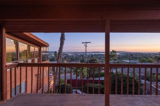 Photo 7: PACIFIC BEACH House for sale : 4 bedrooms : 2491 Wilbur Ave in San Diego