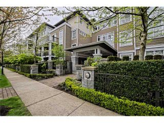 """Photo 2: 303 6279 EAGLES Drive in Vancouver: University VW Condo for sale in """"REFLECTIONS"""" (Vancouver West)  : MLS®# V1061772"""