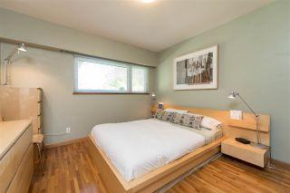 Photo 9: 2436 TURNER Street in Vancouver: Renfrew VE House for sale (Vancouver East)  : MLS®# R2116043