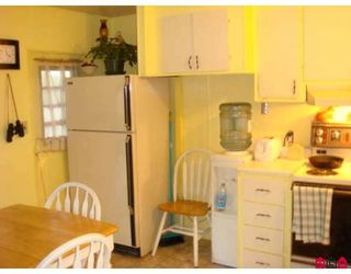 """Photo 3: 73 9950 WILSON Street in Mission: Stave Falls Manufactured Home for sale in """"RUSKIN PLACE"""" : MLS®# F2729674"""