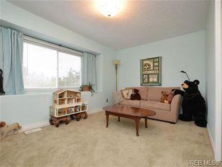 Photo 13: 773 Haliburton Rd in VICTORIA: SE Cordova Bay House for sale (Saanich East)  : MLS®# 718798