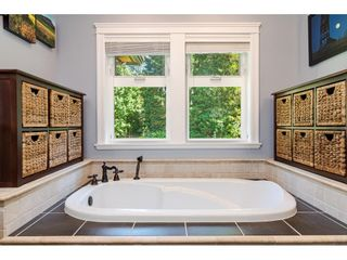 Photo 16: 11128 CALEDONIA Drive in Surrey: Bolivar Heights House for sale (North Surrey)  : MLS®# R2492410