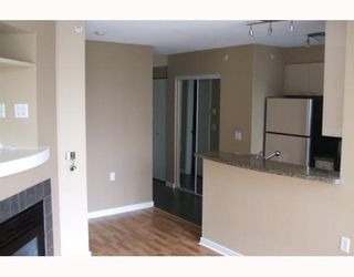 "Photo 5: 802 1068 HORNBY Street in Vancouver: Downtown VW Condo for sale in ""THE CANADIAN"" (Vancouver West)  : MLS®# V692311"