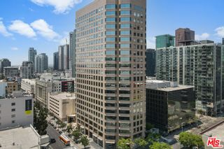 Photo 3: 801 S Grand Avenue Unit 1311 in Los Angeles: Residential for sale (C42 - Downtown L.A.)  : MLS®# 21762892