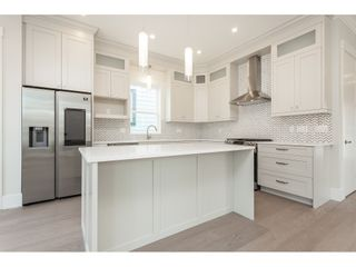 Photo 10: 7057 206 STREET in Langley: Willoughby Heights House for sale : MLS®# R2474959