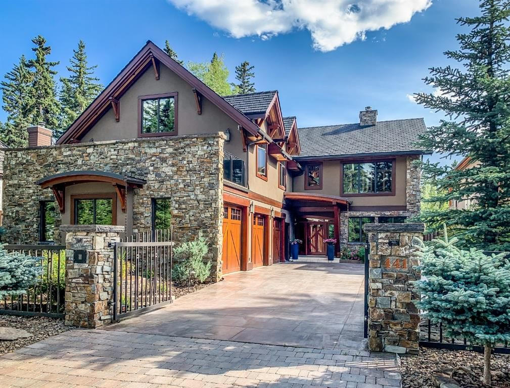 Main Photo: 441 5th Street: Canmore Detached for sale : MLS®# A1080761