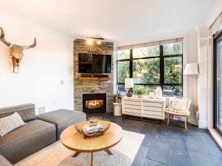 """Photo 9: 101 1725 BALSAM Street in Vancouver: Kitsilano Condo for sale in """"Balsam House"""" (Vancouver West)  : MLS®# R2454346"""