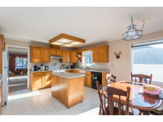 """Photo 3: 31517 SOUTHERN Drive in Abbotsford: Abbotsford West House for sale in """"Ellwood Estates"""" : MLS®# R2515221"""