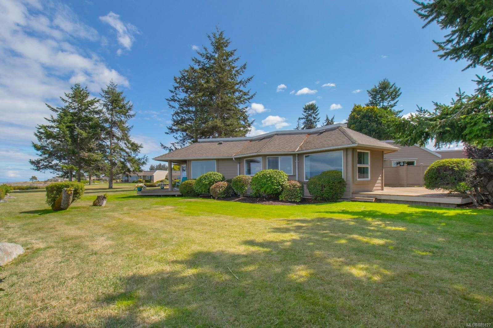 Photo 47: Photos: 26 529 Johnstone Rd in : PQ French Creek Row/Townhouse for sale (Parksville/Qualicum)  : MLS®# 885127
