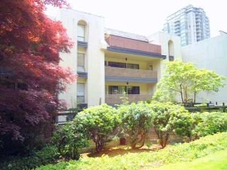 """Photo 10: 207 1955 WOODWAY Place in Burnaby: Brentwood Park Condo for sale in """"DOUGLAS VIEW"""" (Burnaby North)  : MLS®# V896512"""
