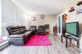 """Photo 10: 2608 13618 100 Avenue in Surrey: Whalley Condo for sale in """"INFINITY"""" (North Surrey)  : MLS®# R2624994"""